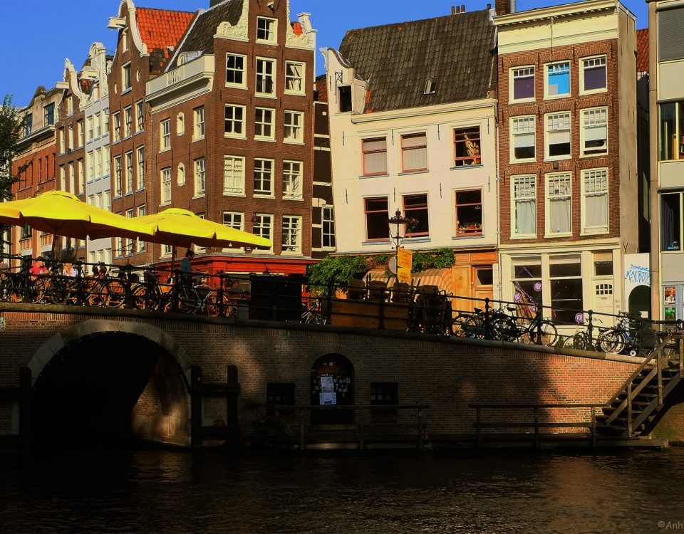 Torensluis bridge in Amsterdam