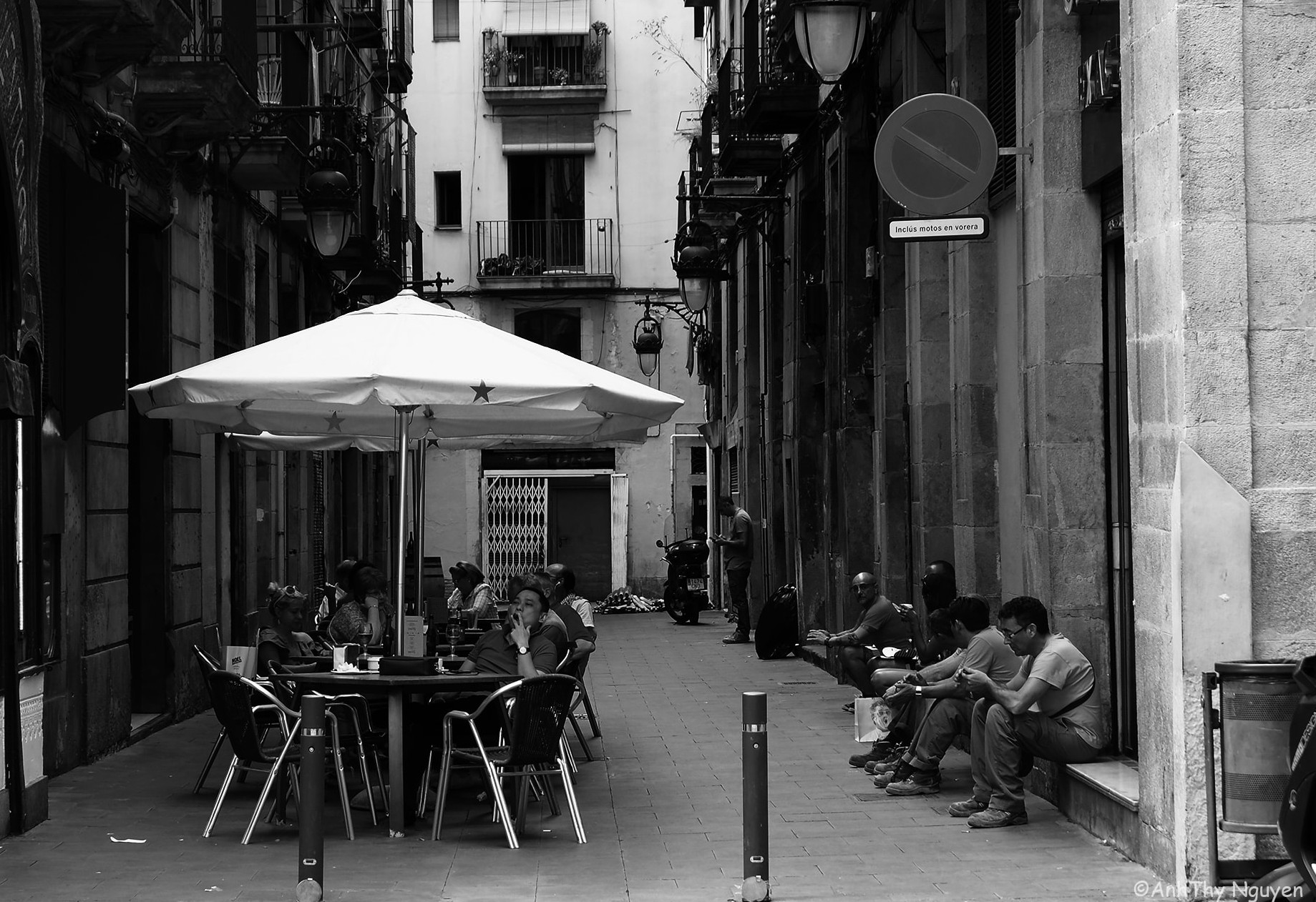 Barcelona travel photo in black and white