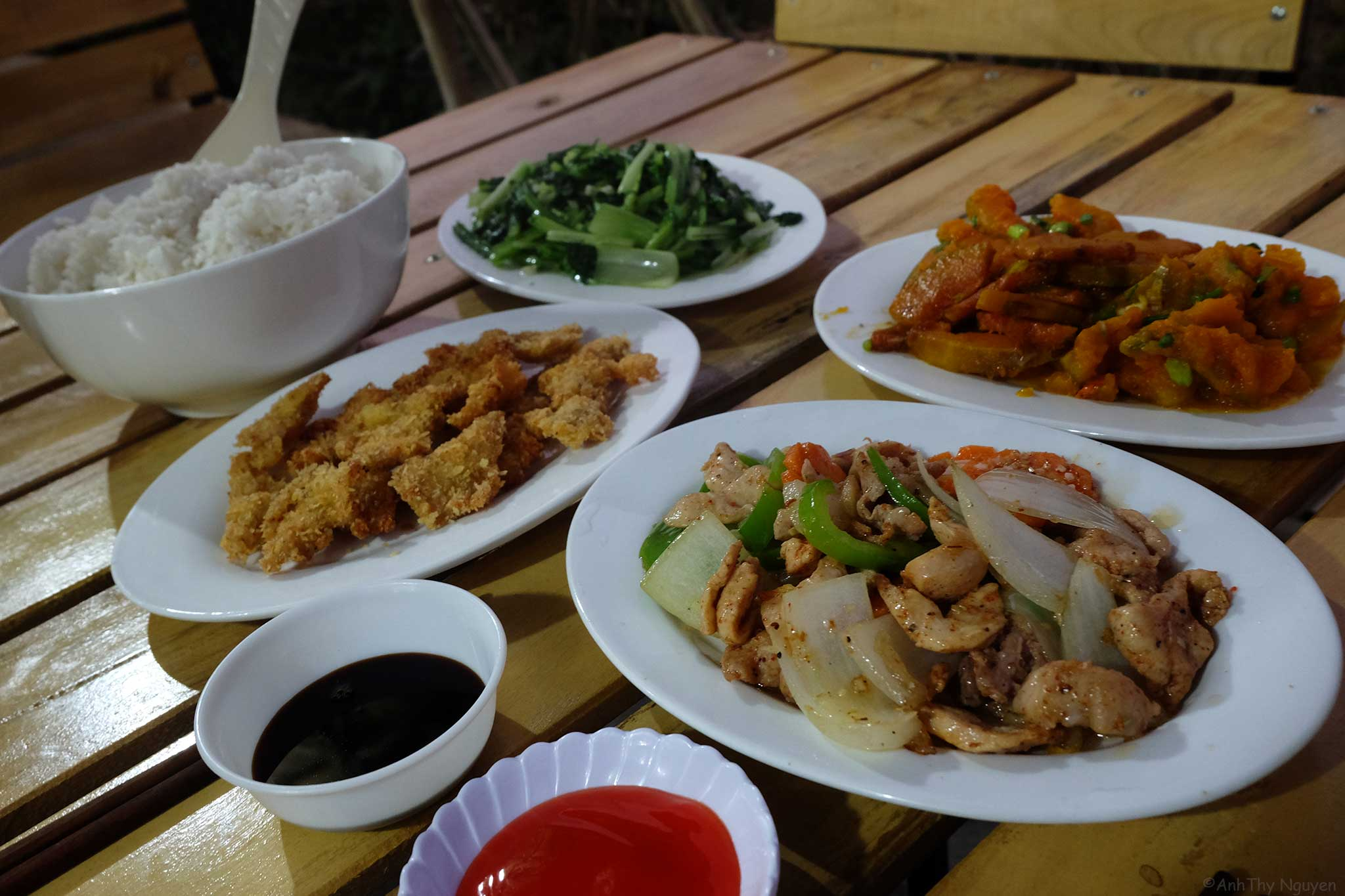Sapa Travel - Sapa homestay - H'Mong the hills - what to eat in Sapa